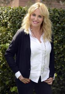TV: Rai 1; Antonella Clerici presenta programma 'Senza parole'