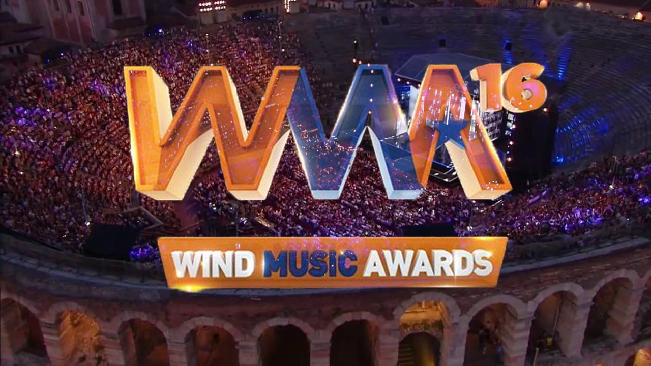 BUBINOBLOG BY NIGHT 7 GIUGNO 2016 COMMENTA IN DIRETTA LA PRIMA PUNTATA DEL WIND MUSIC AWARDS 2016 IN PRIME TIME SU RAIUNO