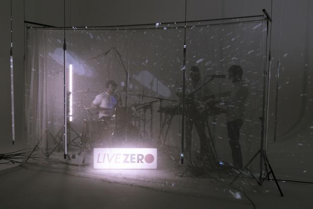 live0.jpg