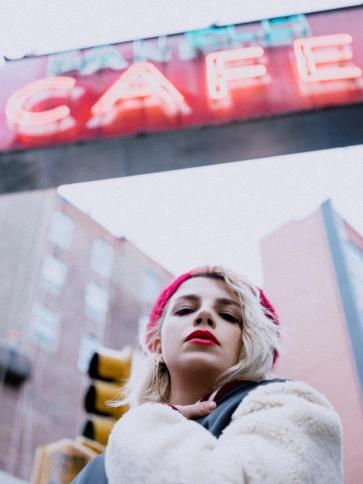DSCF1989_EMMA_foto di Kat Irlin_b